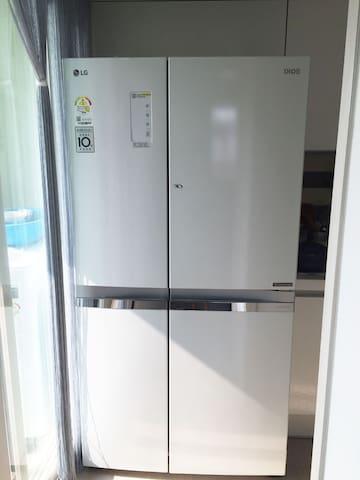 大冰箱新的냉장고