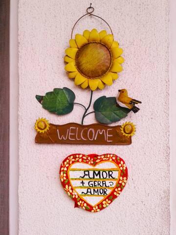 Welcome to my home.  Bem vindo!