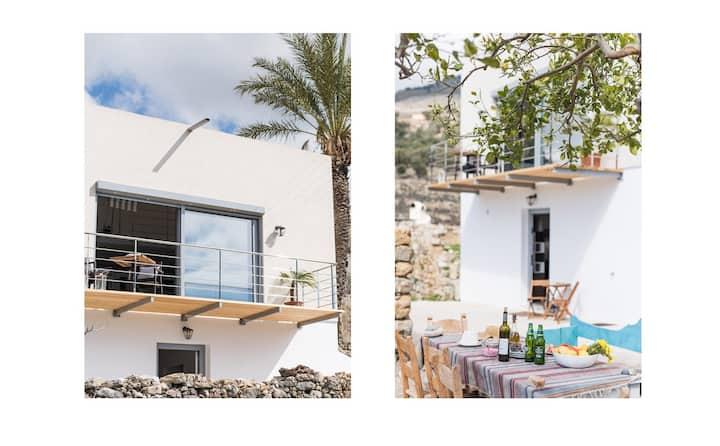 Notos Well Studio-House