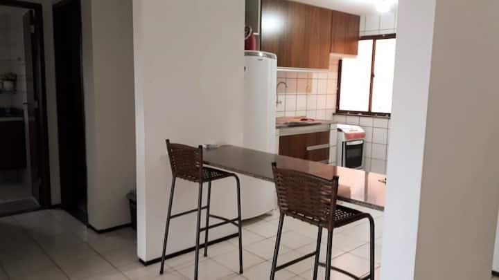 Apartamento super bem localizado no Bequimão!