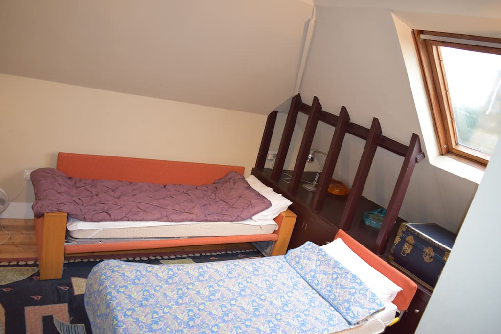 Third-floor accommodation either single or king-size with private bathroom