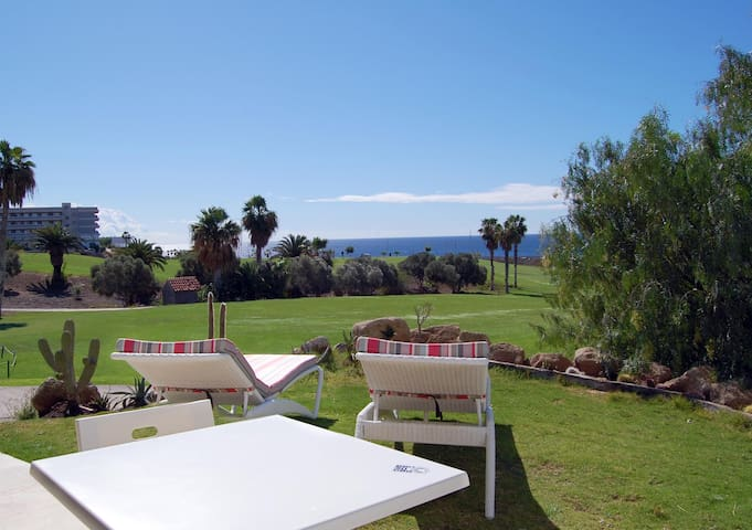 Amarilla Golf Villas - Open plan 1 bed, WiFi