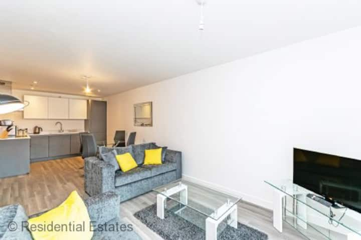 Deluxe City Centre 1 Bed Apartment