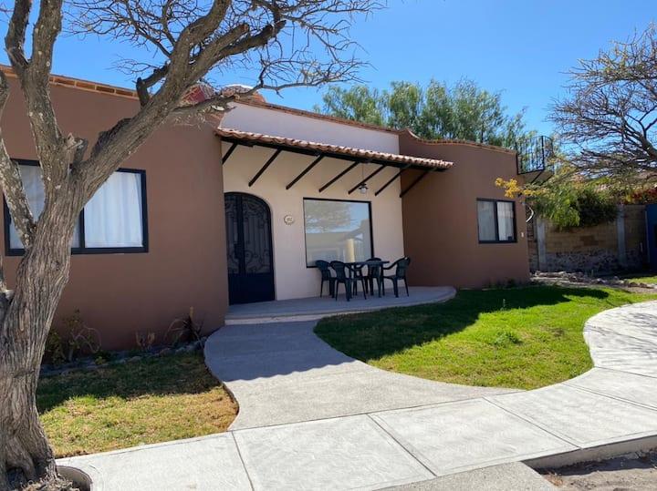 """Villa cómoda y segura en Rancho """"Los Labradores"""""""