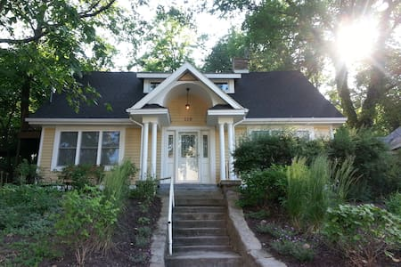 Lake Michigan Cottage:4br+Loft;3ba - Michigan City