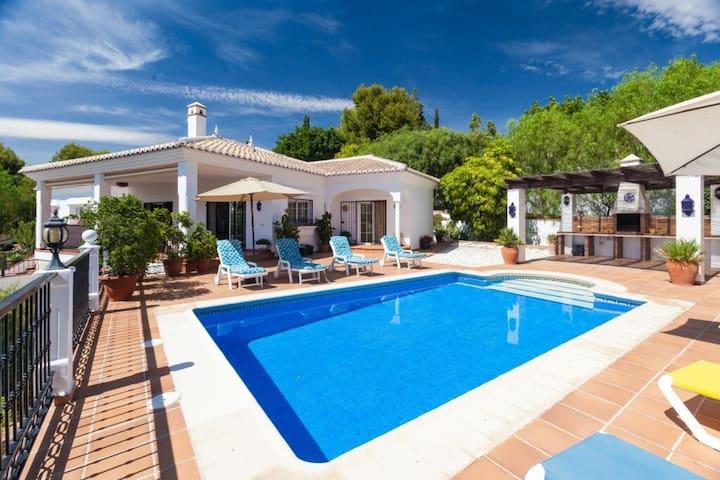Villa para 8-11 personas a 3 km de la playa - Frigiliana - Villa
