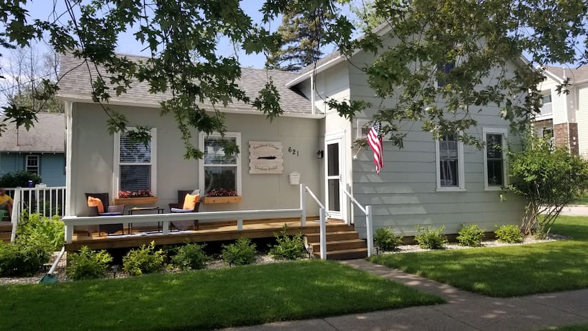 Runabout Cottage, LLC