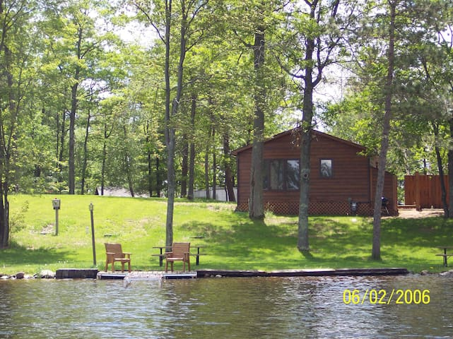 Breezy Bay Cottage - Lake Nokomis