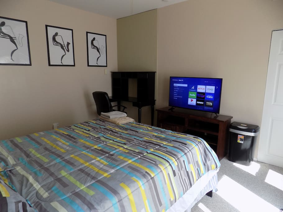 Bucktown Privacy Apartments For Rent In Chicago Illinois United States