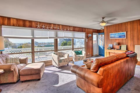 NEW! Rhode Island Oceanview Retreat, Walk to Shore