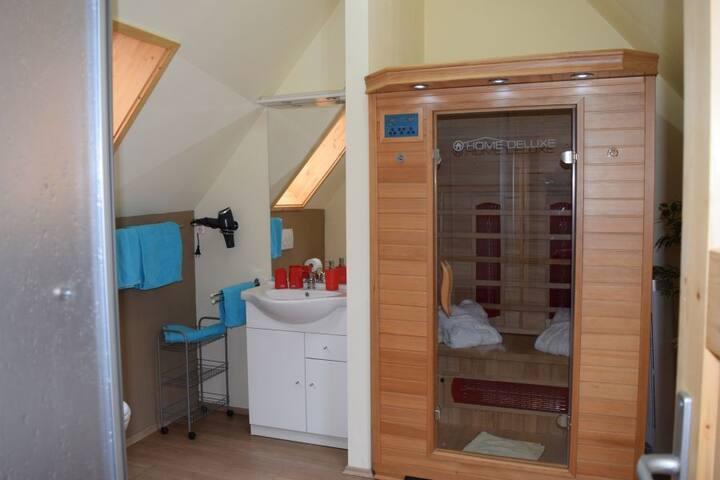 Apartment  mit Infrarotkabine und Frühstück