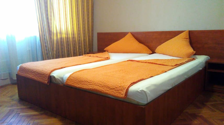 Private rooms in condo #2 - Baia Mare