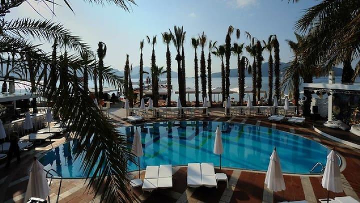 ELEGANCE HOTELS INTERNATIONAL SIDE SEA ALL INCL.