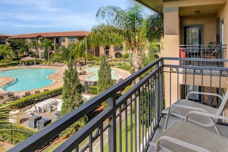 Stunning 3 Bed Condo With Contact-less Check-In