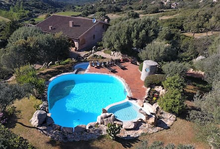 salty water pool and jacuzzi near porto pollo