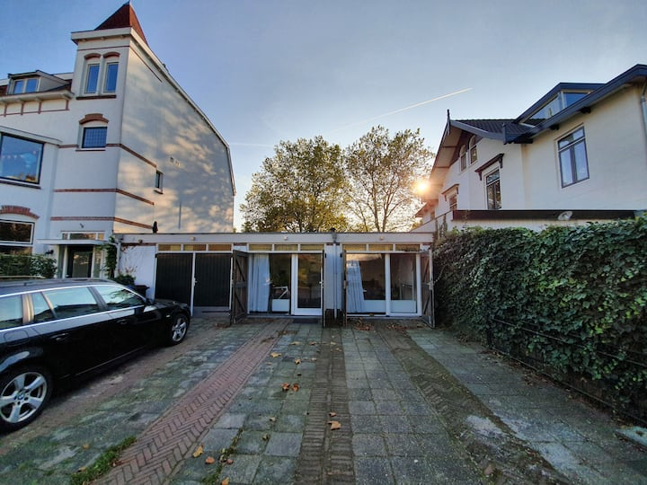 New, luxurious tiny house, close to Amsterdam