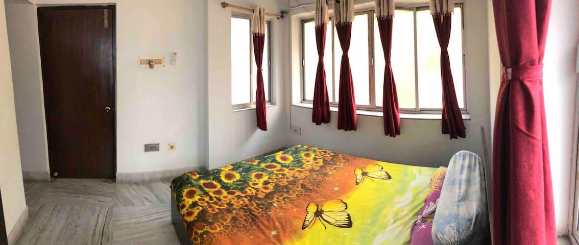 Bedroom 1 - A panoramic shot