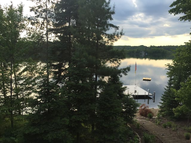 Loft on Leech Lake, bike trails, boat dock