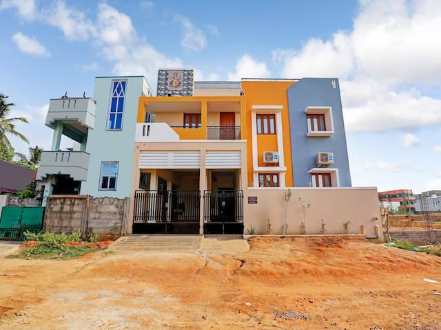 OYO - Early Bird Special! - Modern 3BHK Dwelling, Puducherry