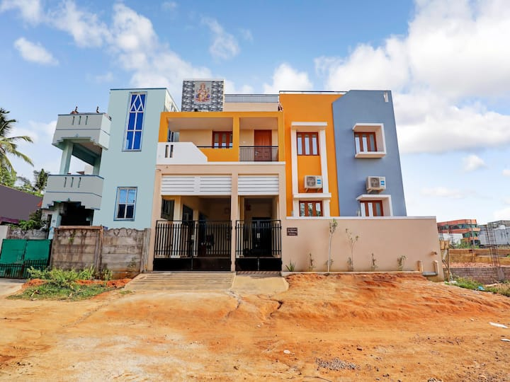 OYO - Early Bird Special! - Modern 3BHK Dwelling, Puducherry