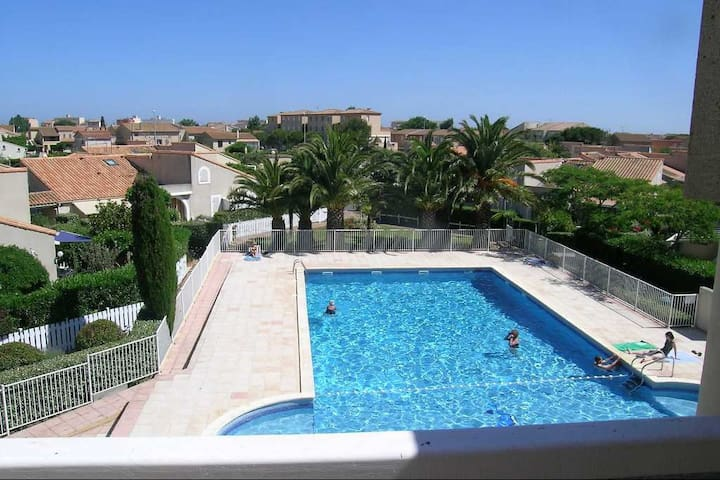 Appart T2 + terrasse + Parking et piscine privée - Valras-Plage - Lejlighed