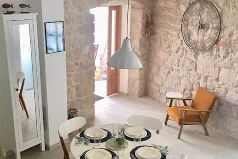 Stone house Vrh with SUP board included in price
