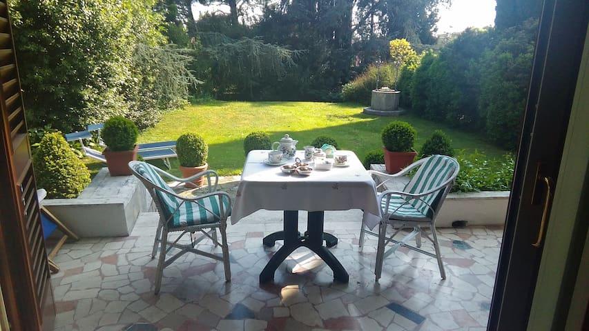 B&B La Villa Mediterranea - Passirano - Villa