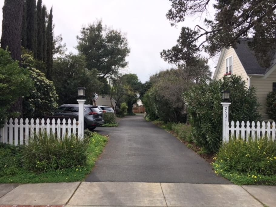 Silver Cloud is located at the end of this private driveway.
