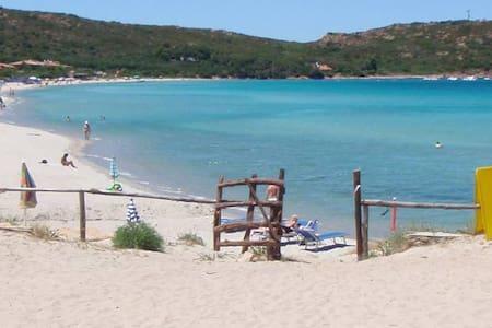 Sardegna - Casa vacanze  sul mare - Porto Taverna - Porto Taverna - 独立屋
