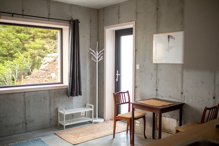 New studio appartement nearby Ervik and Vestkapp