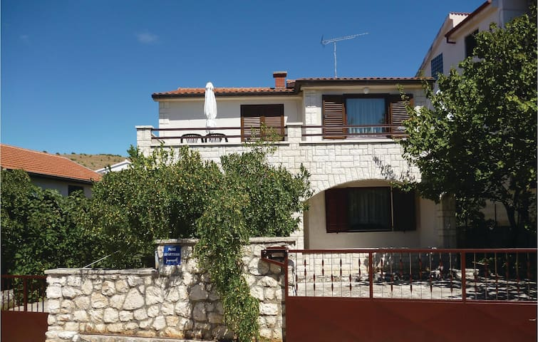 Holiday apartment with 3 bedrooms on 80m² in Sibenik