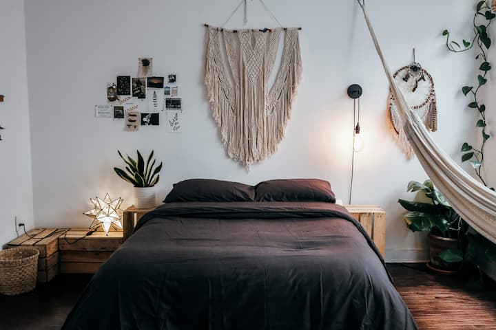 Cozy and centric room in a beautiful apartment.