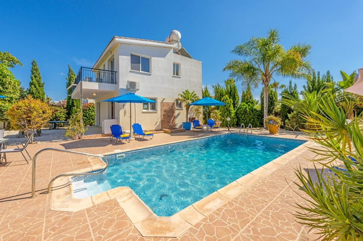 Villa Corallia Breeze 1km From Coral Bay Beach