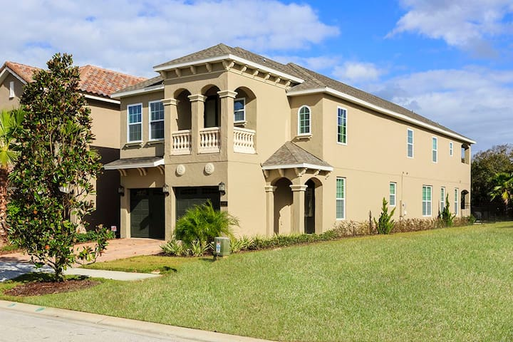 Luxury 6 Bed, 5.5 Bath, Reunion Resort, Pool/Spa. - Kissimmee - House