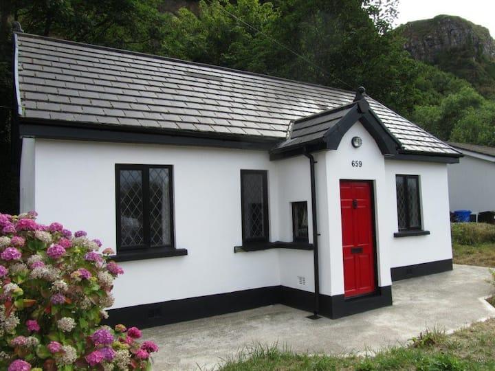 Beautiful quaint traditional coastal cottage