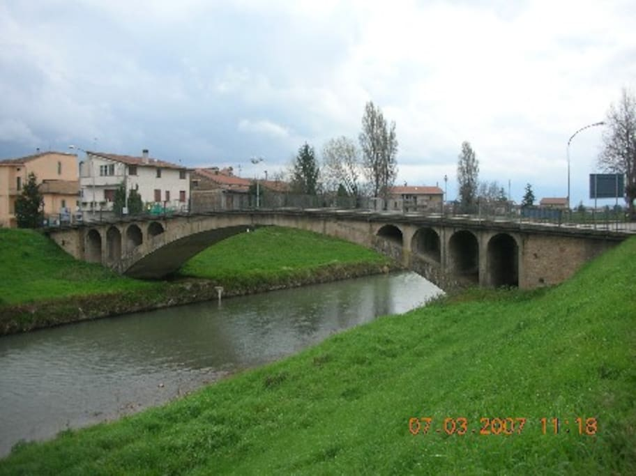 Cannara Ponte sul fiume Topino