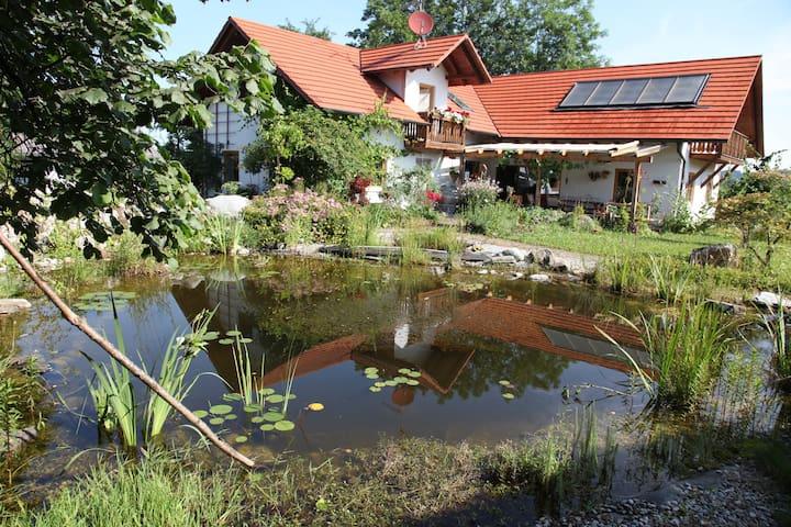 Schöne Unterkunft in Oberbayern - Fuchstal - Дом