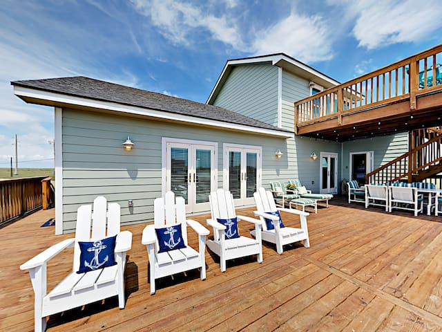 Beach Boardwalk 4BR w/ Pool & Views
