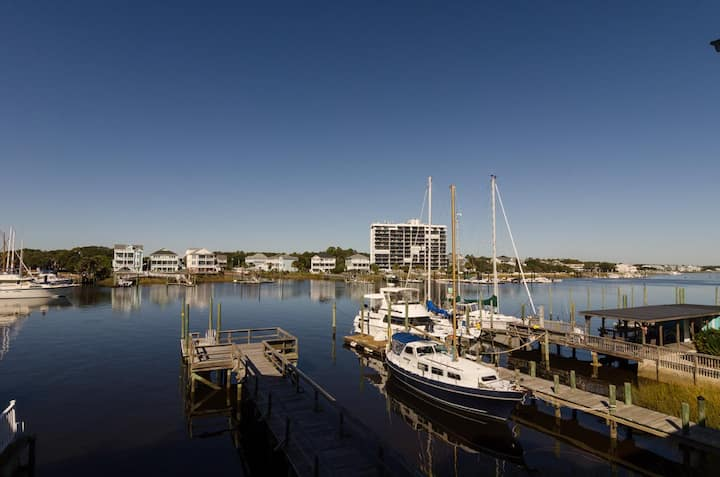 Forbis-Stunning views from this canal front cottage with dock and pier