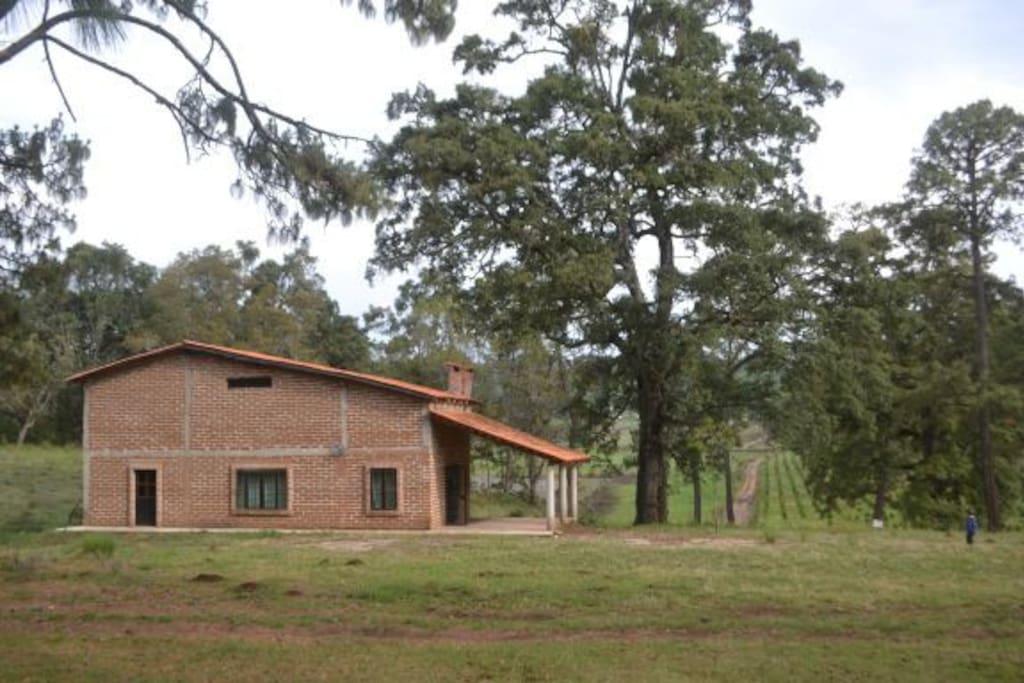La primera cabaña de Rancho El Paraíso