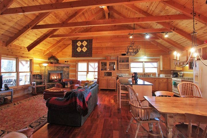 Mountain Song Authentic Log Cabin - Blowing Rock - Casa