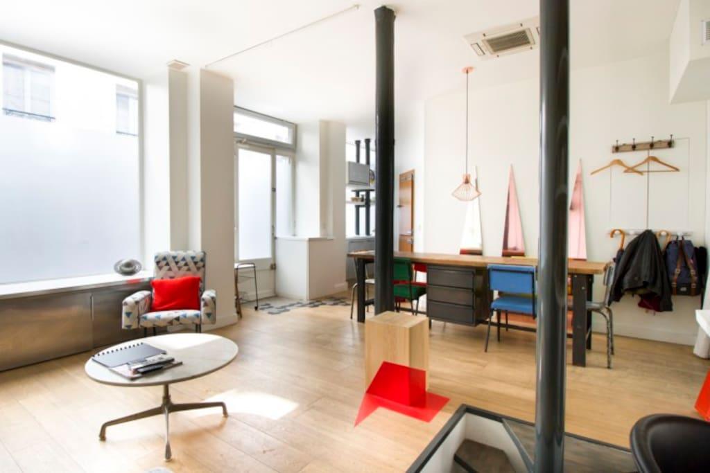 Atelier loft st martin marais lofts louer paris for Loft atelier a louer