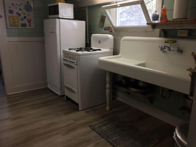 Period kitchen with vintage appliances