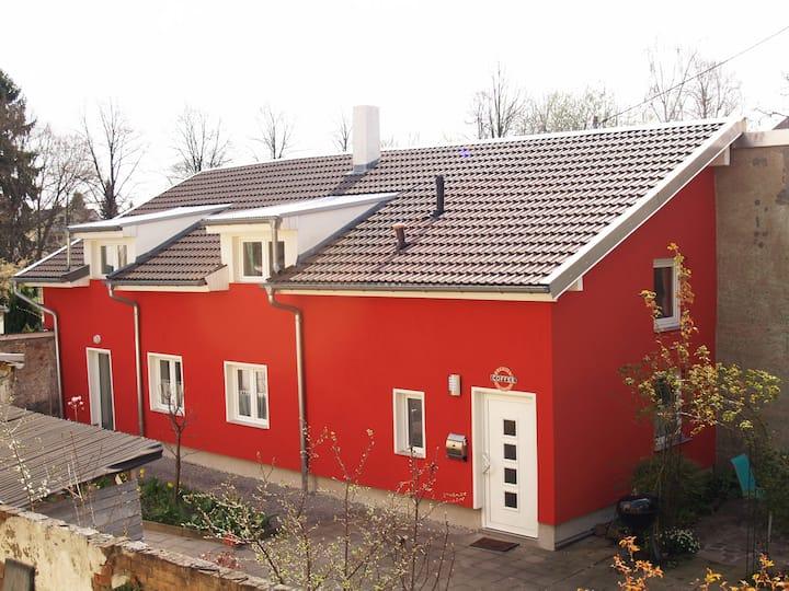 Romantisches 92 qm Hinterhaus in Karlsruhe