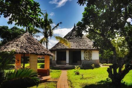 Cottage in Villa Peponi