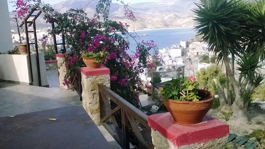 Sisamos - Karpathos - Talo