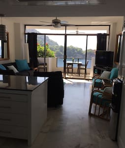 Ocean front condo newly furnished - Mismaloya