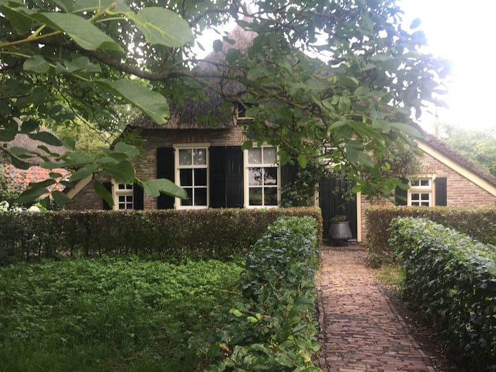 Authentic Sallandse farmhouse in Nieuwleusen