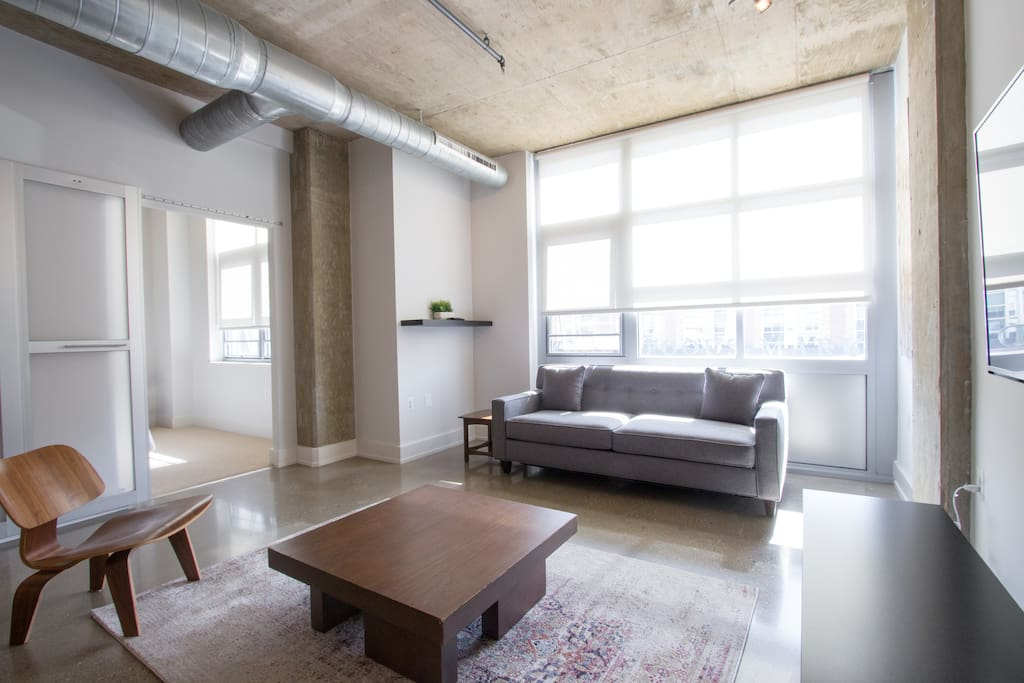 modern stylish 2bd loft in logan circle apartments for rent in washington district of. Black Bedroom Furniture Sets. Home Design Ideas