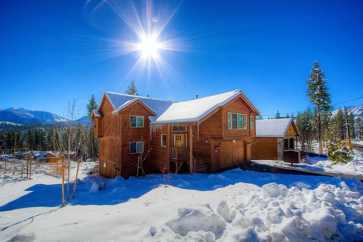Brand New Home with Luxurious Amenities and Views - South Lake Tahoe - House